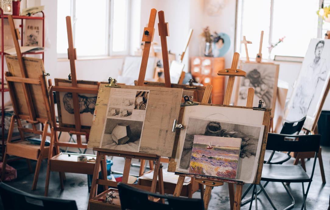 怎么找美术高考艺考培训画室?