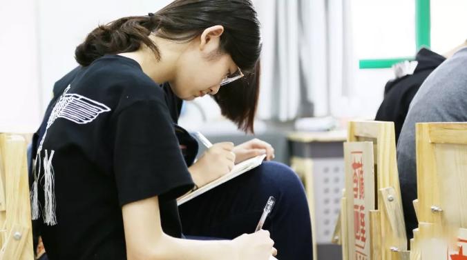 在画室集训期间,3大点教你妥妥备战美术高考