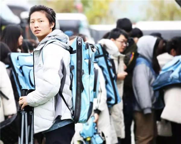 万人模拟联考——北京校尉画室,北京画室,北京美术培训,北京美术联考    10