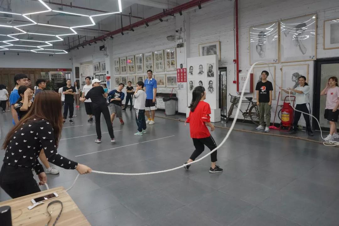 寒阳画室运动——跳绳