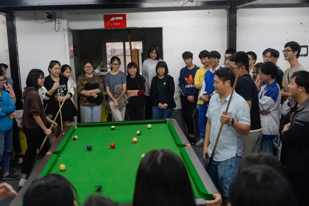 寒阳画室运动——台球