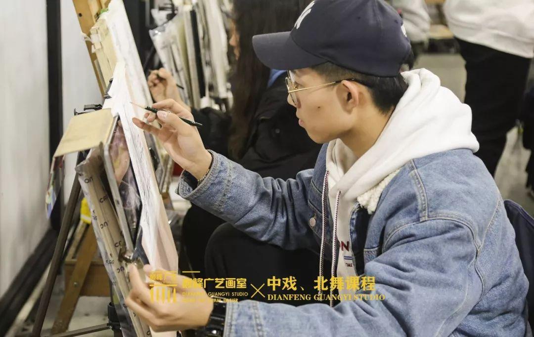 北京巅峰广艺画室,北京美术校考培训,北京画室     12