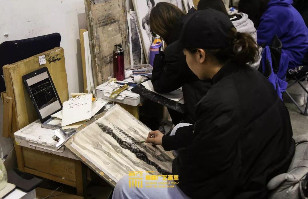 北京巅峰广艺画室,北京美术校考培训,北京画室     21
