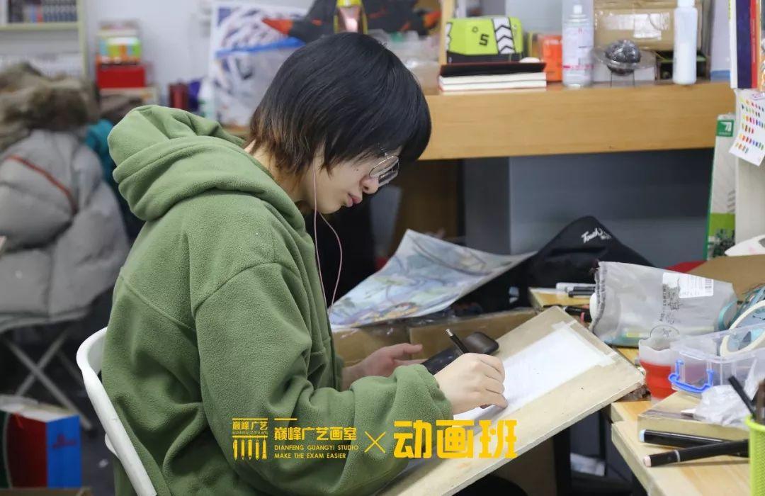 北京巅峰广艺画室,北京美术校考培训,北京画室     48