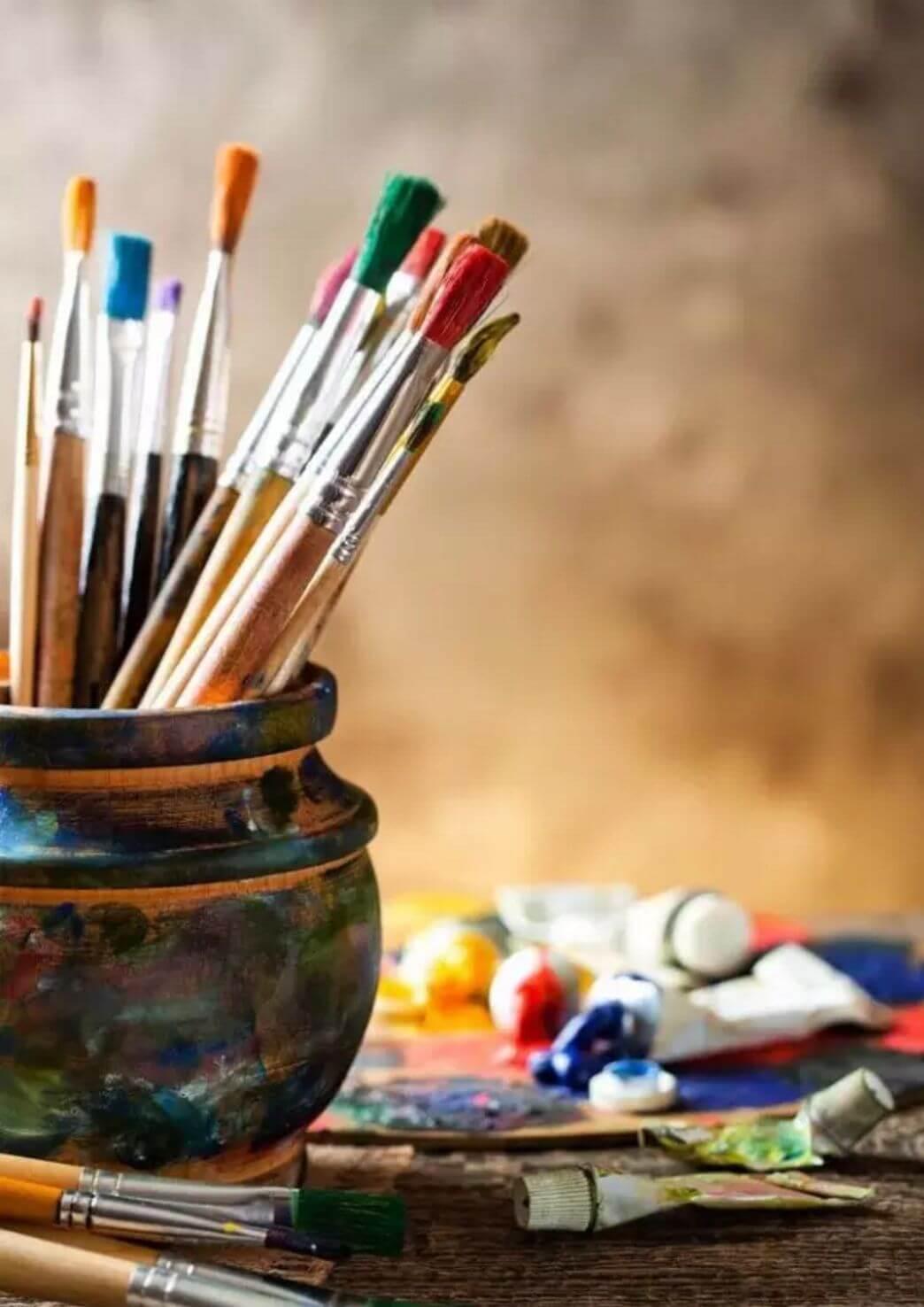 各位,还记得曾经你为何拿起画笔吗?你有多久没画画了呢?图二
