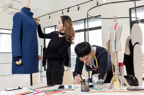 九大热门美术类行业前景分析——服装设计