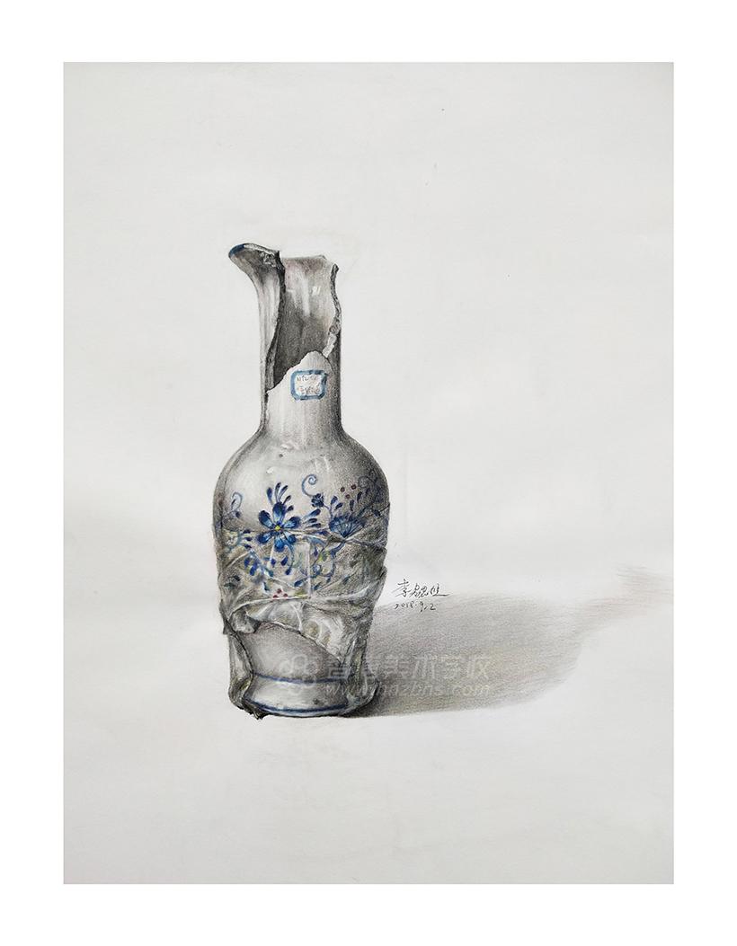 精微素描作品碎花瓶