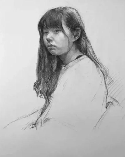 绘画教程  女青年素描半身像绘画步骤,包会!